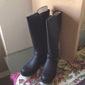 1a056c4f40f SALE!!!NEW UGG HARINGTON BLACK. Water Resistant NWT